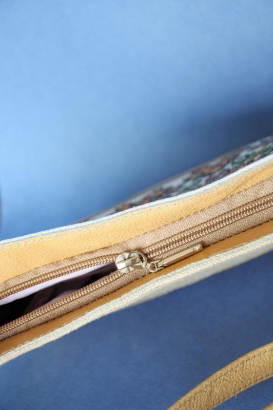 Сумка с аутентичной вышивкой Белый кожа, текстиль Ющенко Владимир - фото 2