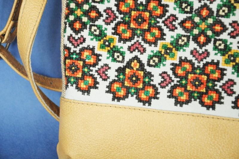 Сумка с аутентичной вышивкой Белый кожа, текстиль Ющенко Владимир - фото 4