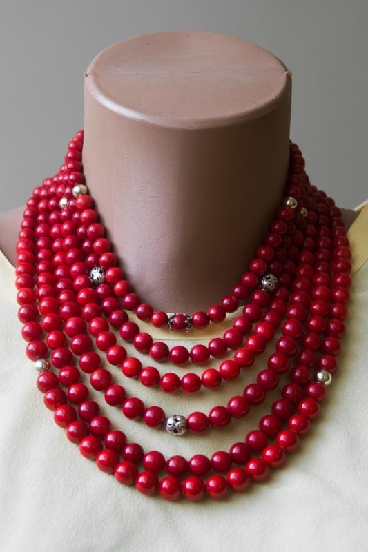 """Ожерелье из коралла с кистями Красный Современный коралл, бусин """"Пацьорки для панянок"""" - фото 1"""