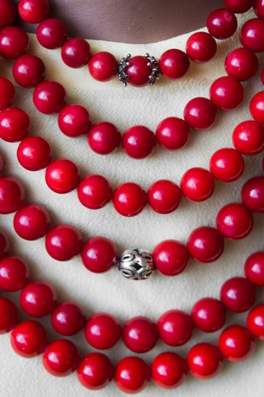 """Ожерелье из коралла с кистями Красный Современный коралл, бусин """"Пацьорки для панянок"""" - фото 4"""