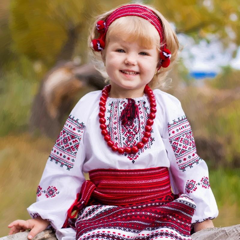 Маленькая украиночка  печать на холсте, натянут UkrainArt - фото 1