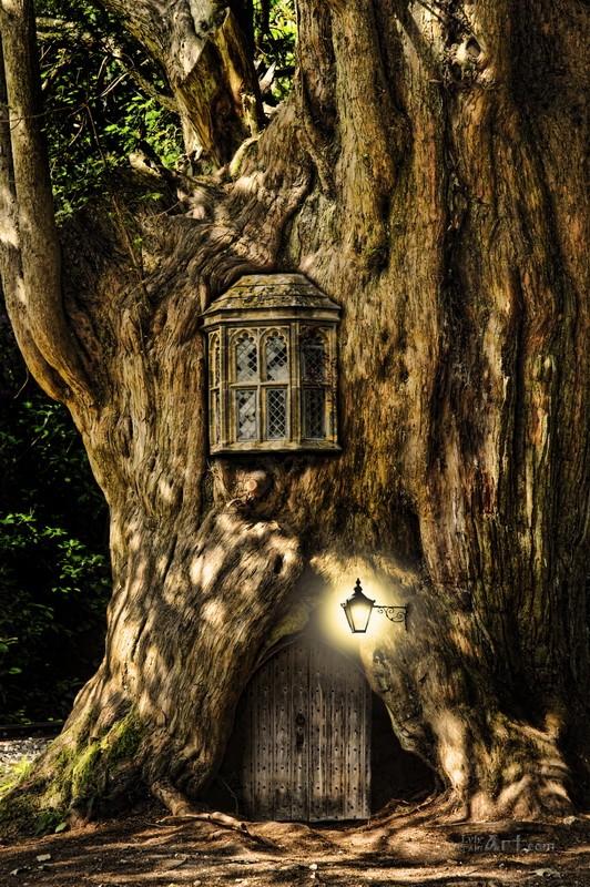Домик в дереве  печать на холсте, натянут UkrainArt - фото 1