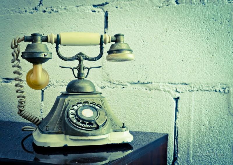 Cтарый телефон  печать на холсте, натянут UkrainArt - фото 1