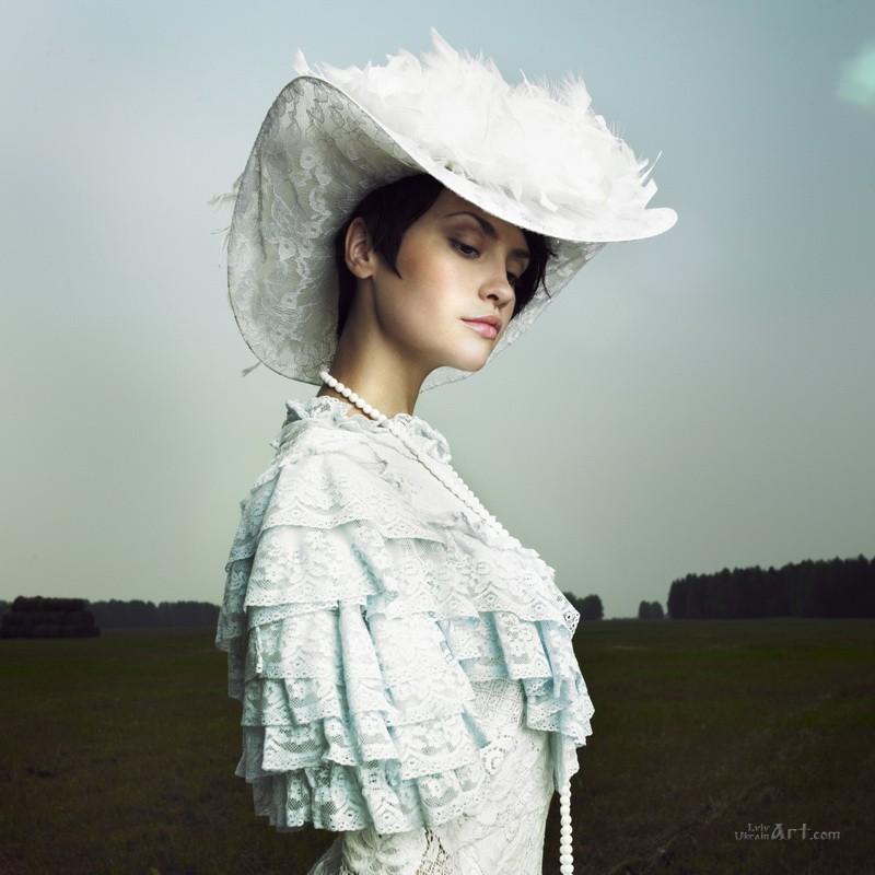 Девушка в белом  печать на холсте, натянут UkrainArt - фото 1