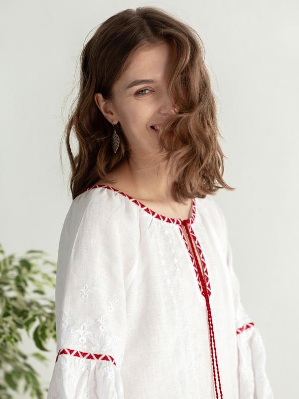 Льняная блузка с красно-белой вышивкой Elin Белый Цвет – белый Ткань – лен ЕтноДім - фото 7