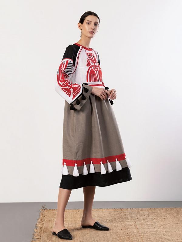 Льняное платье с аппликацией на груди Icon Red Белый Ткань - лен 100% Вышивка ЕтноДім - фото 4