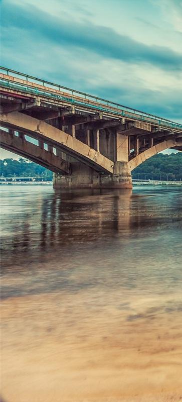 Киевский метрополитен. Мост в вечернее время №2  печать на холсте, натянут UkrainArt - фото 2